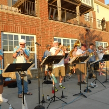 Outdoor Concert-Arbor Lakes Senior Living (11)