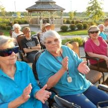 Outdoor Concert-Arbor Lakes Senior Living (7)